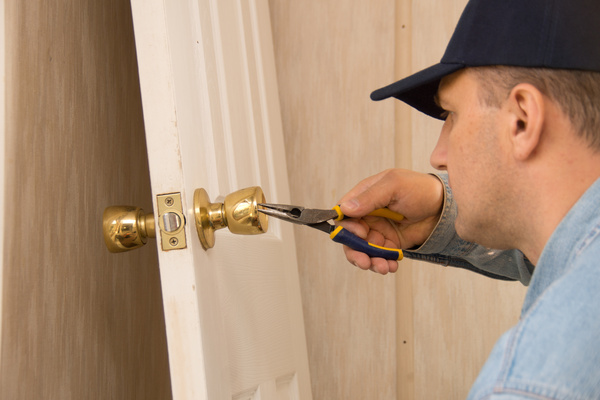 Common Door Lock Problems and Repairs